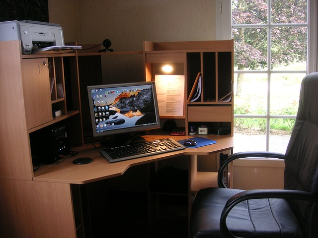 home-office-232985_640